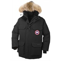 Canada Goose Expedition jacket черного цвета